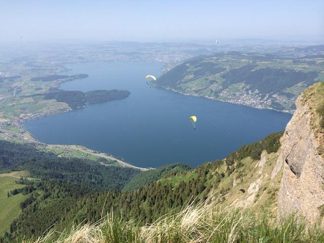 Rigi Kaltbad (LU) : Le lac des 4 cantons n'est jamais aussi beau que vu du ciel...